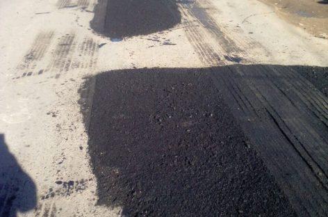 Continúan los trabajos de bacheo y rehabilitación de calles en Belén y Matheu