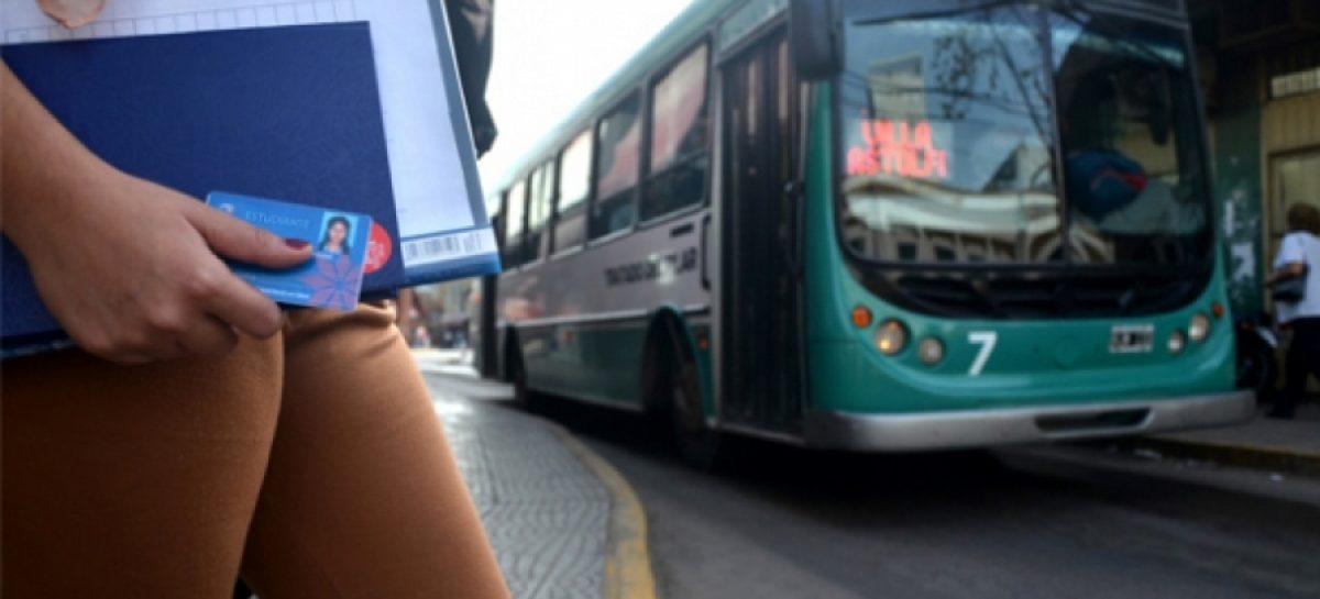 Pilar: proponen que alumnos de primarias y secundarias viajen gratis en colectivos comunales