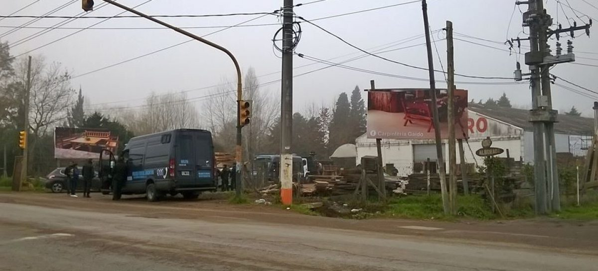 Adelanto: la Policía Federal allanó en Matheu un aserradero ubicado en Ruta 25 y Alborada