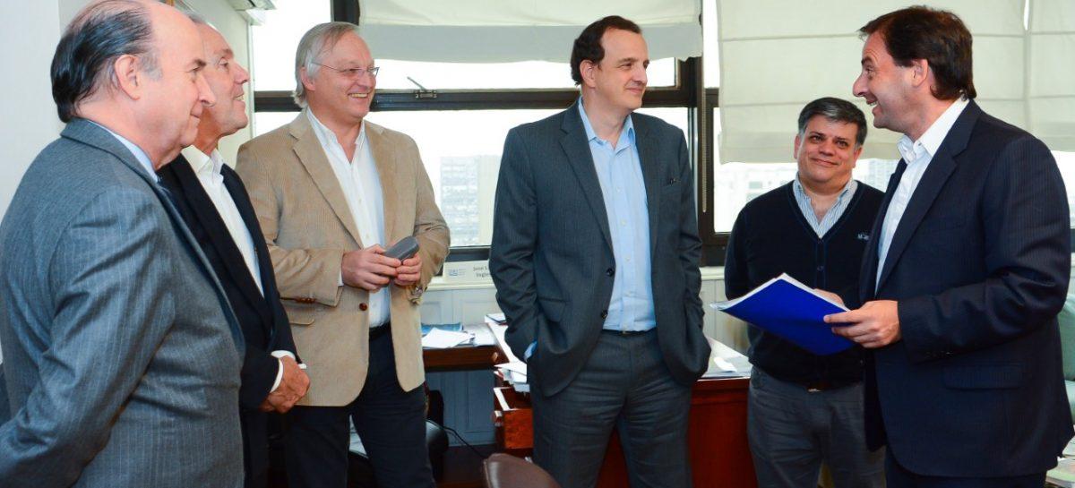 Agua corriente y cloacas: el partido de Escobar ingresó al área de concesión de AYSA. En 30 días comienzan las obras