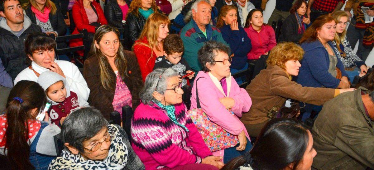 Más de 150 vecinos de Matheu mantuvieron una reunión de trabajo con el intendente Ariel Sujarchuk