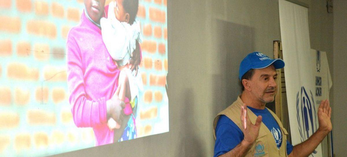 Osvaldo Laport brindó una charla de sensibilización sobre las crisis humanitarias en el mundo