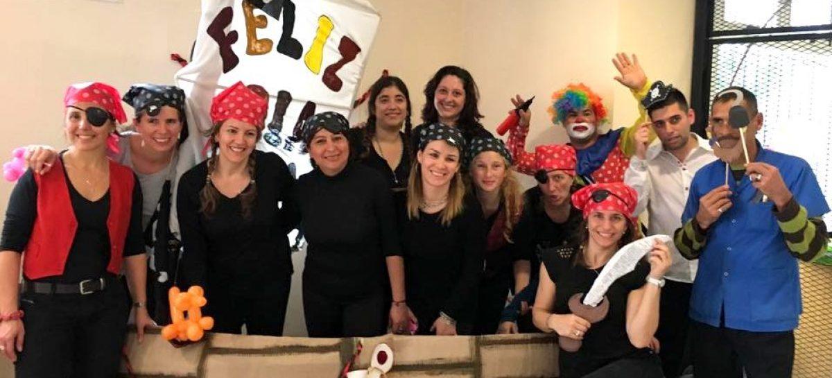 """Los """"piratas"""" del Centro de Salud y el CDIT de Matheu festejaron el Día del Niño"""