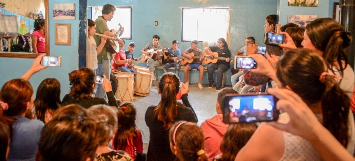 """En más de 30 barrios y 11 escuelas, comienza la inscripción para el programa """"Barrio es Cultura"""""""