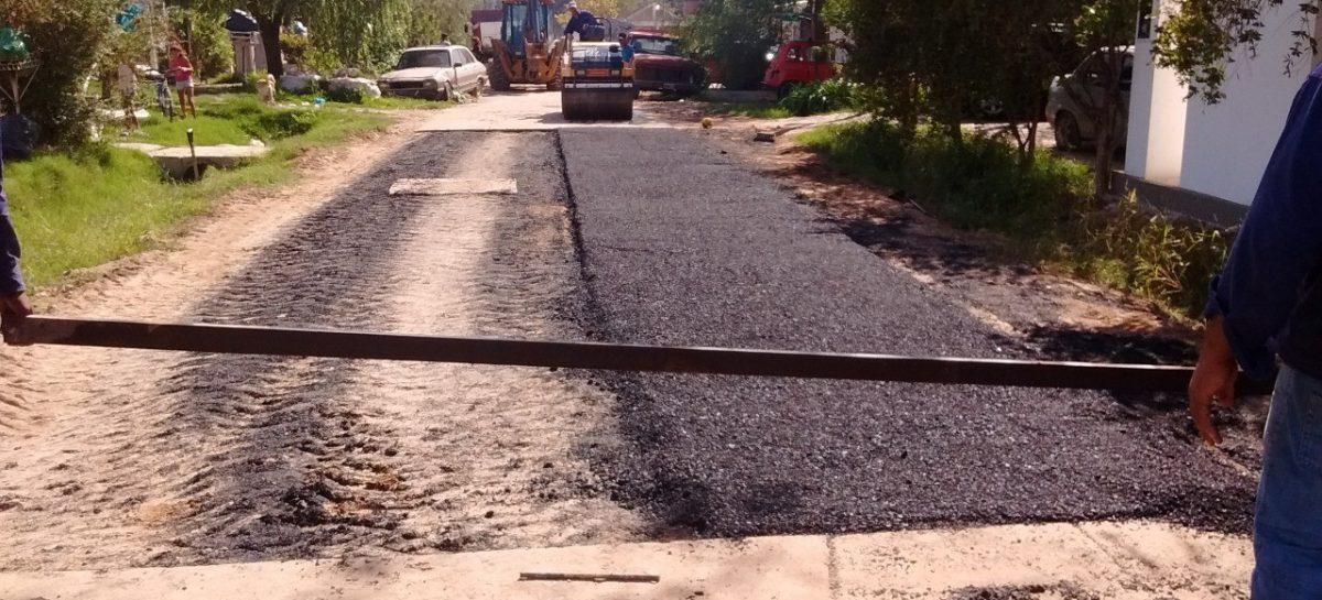 Pavimento en Maschwitz y Belén de Escobar: la Municipalidad de Escobar y AySA reinician los trabajos