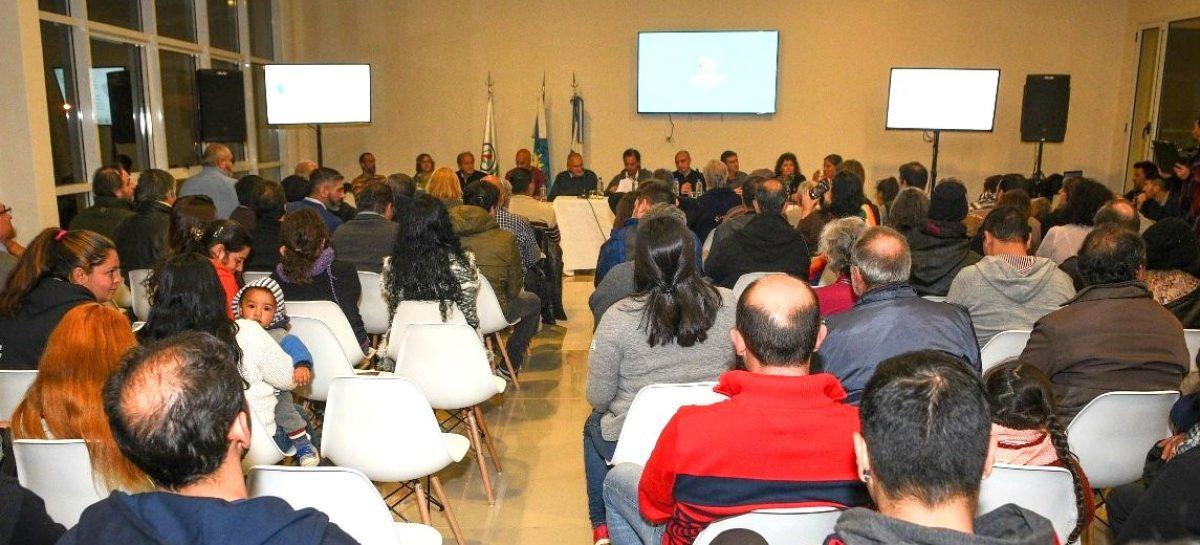 Ariel Sujarchuk anunció la creación de una nueva UGC para Loma Verde y puso en funcionamiento las comisiones de vecinos que trabajarán en la planificación sustentable de la localidad
