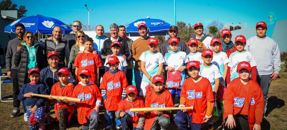 En Matheu, Ariel Sujarchuk participó de la apertura de la escuela municipal de béisbol