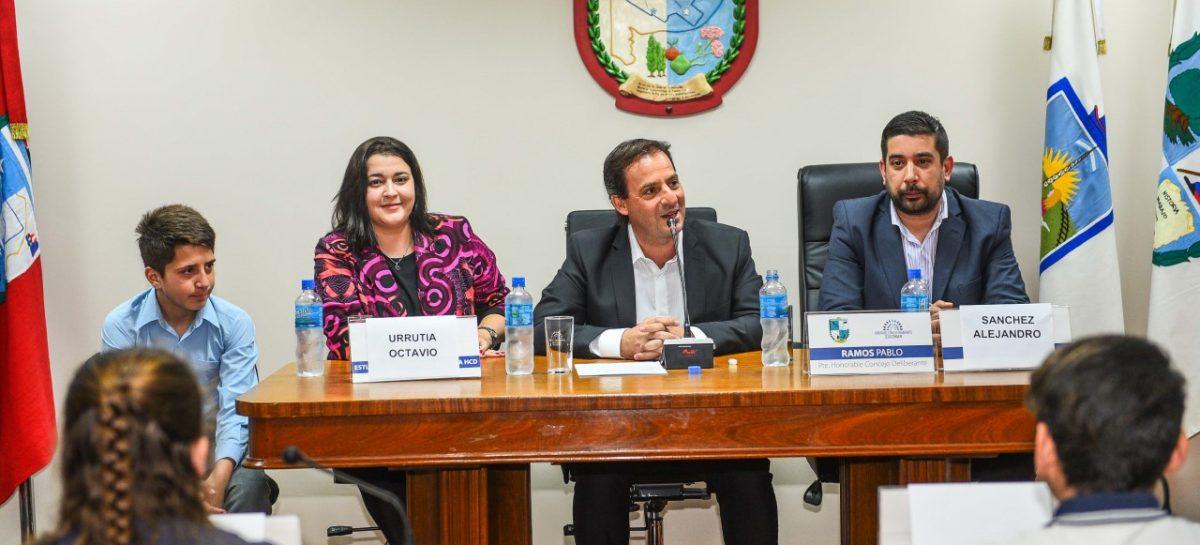 """En el Concejo Deliberante, Ariel Sujarchuk participó del lanzamiento del programa """"Eligiendo al Defensor del Pueblo Infantil"""""""