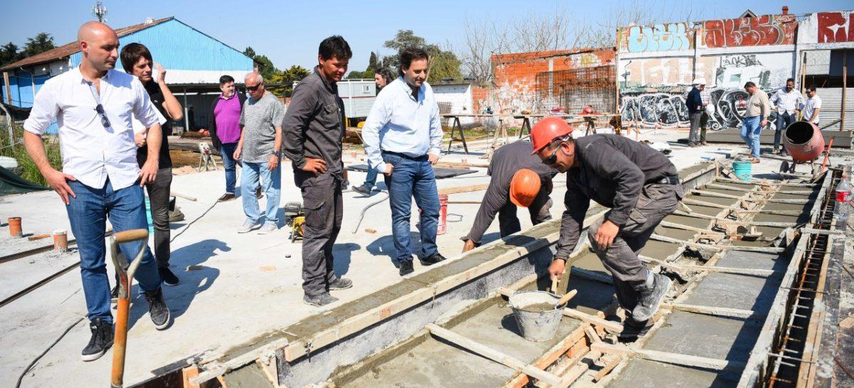 Ariel Sujarchuk recorrió las obras del futuro microestadio de Garín construido con fondos propios de la Municipalidad de Escobar
