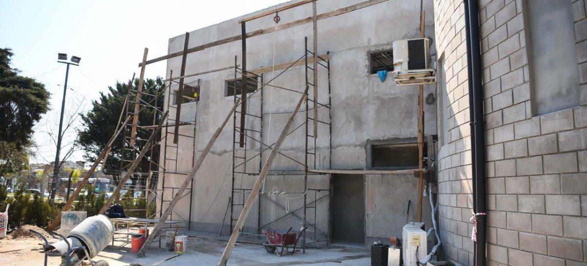 El jefe comunal de Escobar supervisó los trabajos de ampliación del Centro de Monitoreo de Garín