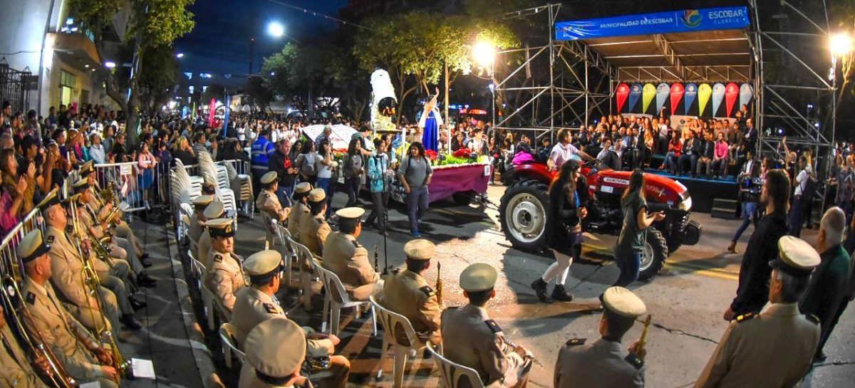 Miles de personas vibraron en la 55ª Fiesta Nacional de la Flor con la elección de la Reina, la visita de Susana Giménez, el desfile de carrozas y múltiples atractivos