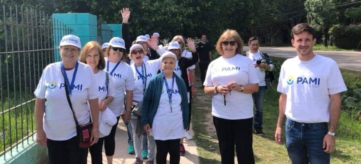 Caminata Saludable en Ing. Maschwitz para adultos mayores
