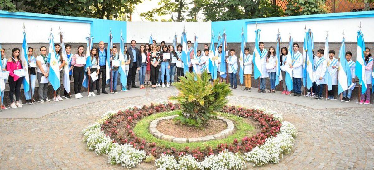 La Municipalidad de Escobar distinguió a 91 estudiantes de excelente rendimiento académico