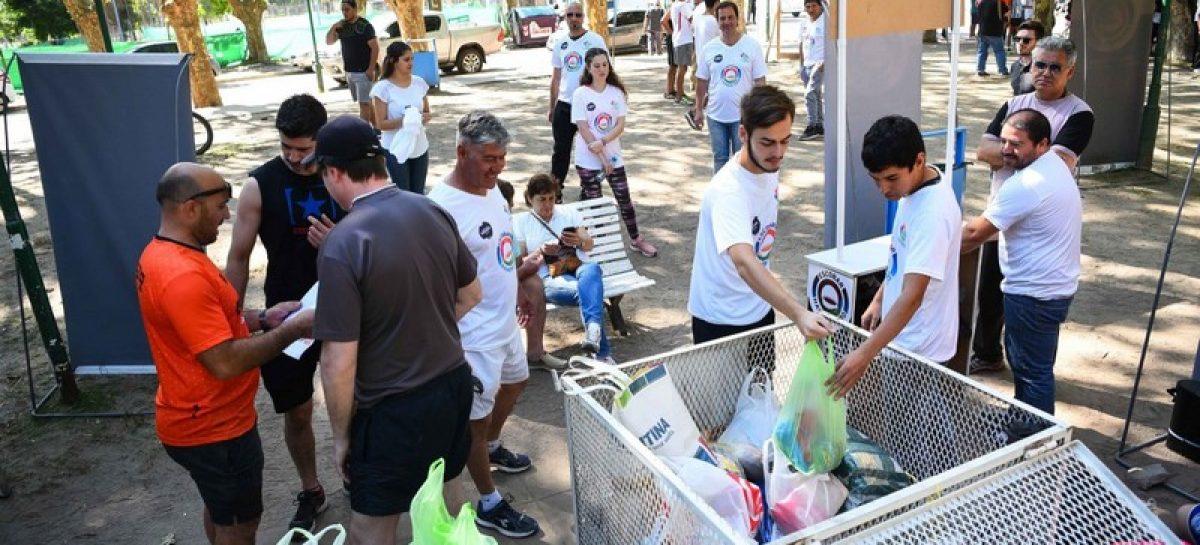 En Ingeniero Maschwitz, la segunda maratón solidaria Escobar Hambre Cero recolectó más de 4000 kilos de alimentos