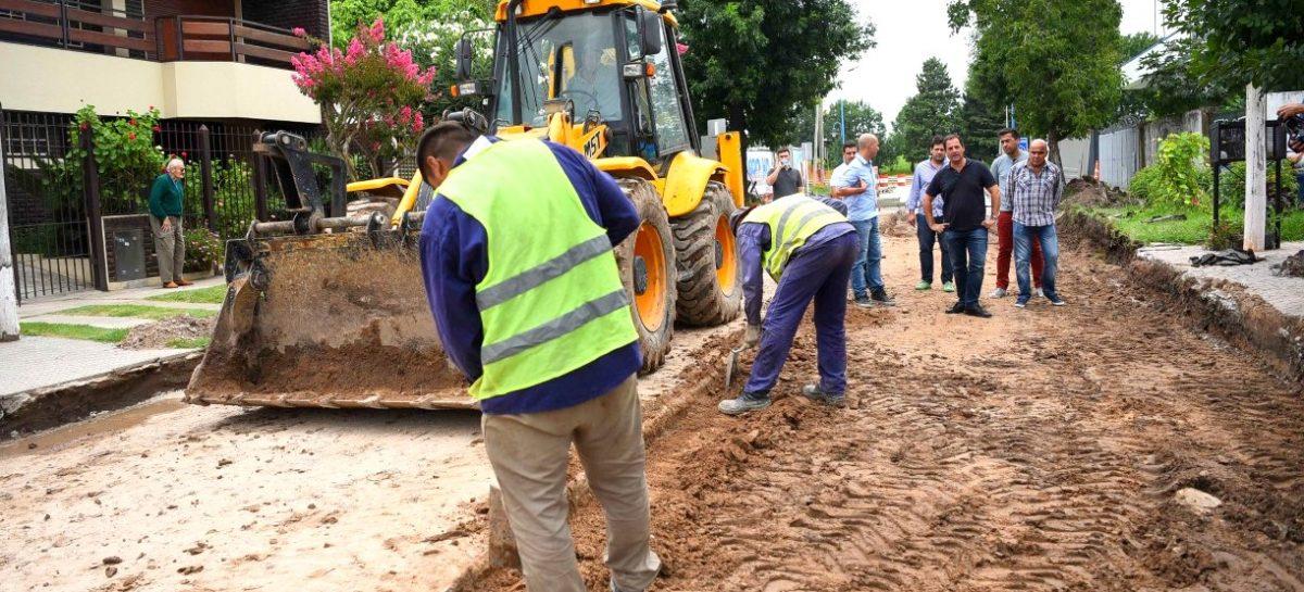 El intendente supervisó obras de repavimentación de la calle Don Bosco, uno de los principales accesos a Belén de Escobar
