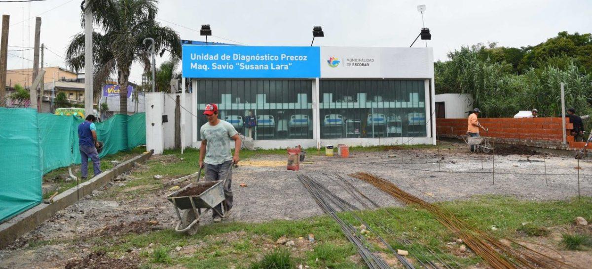 En Maquinista Savio, el intendente supervisó la obra de ampliación  de la UDP, la instalación de 1200 luces y el nuevo gimnasio de musculación