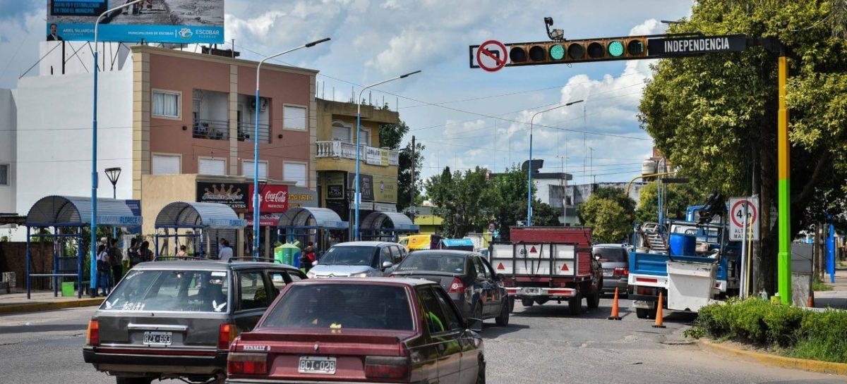Con cambios de circulación de calles y nuevos semáforos, la Municipalidad reordena el tránsito en Belén de Escobar