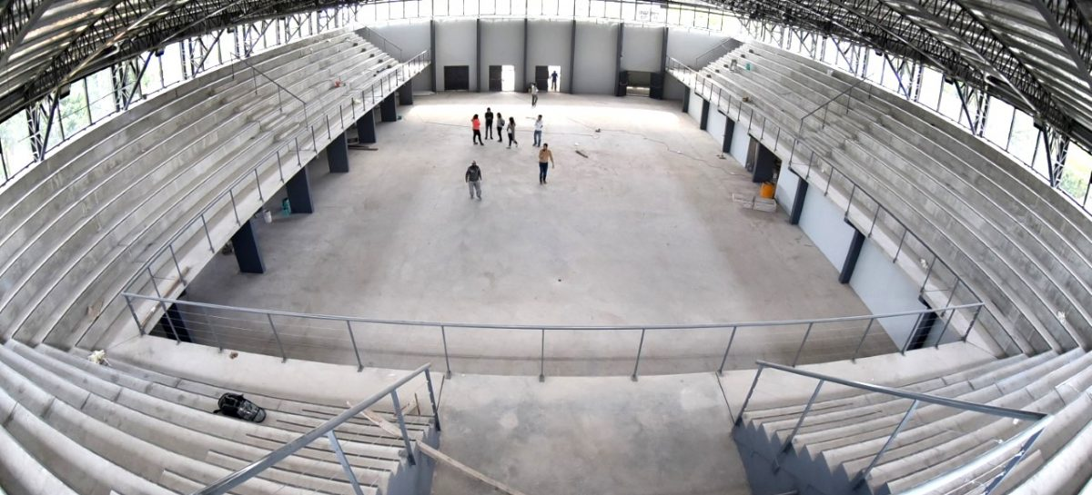 Última etapa de obras para finalizar el microestadio que la Municipalidad de Escobar construye en Garín