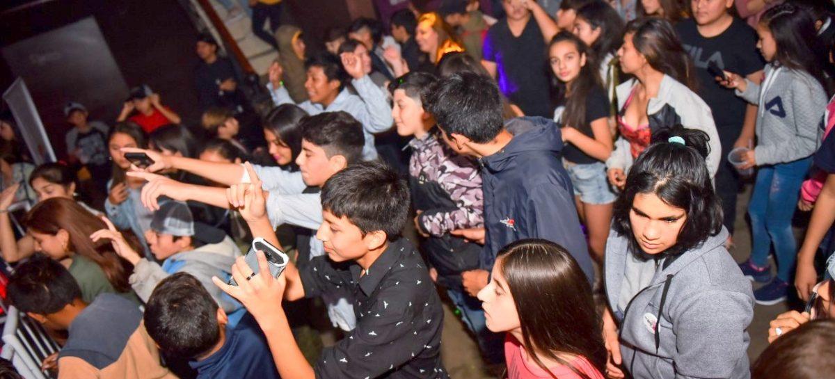 Más de 1200 estudiantes participaron de la matiné organizada por la Municipalidad de Escobar