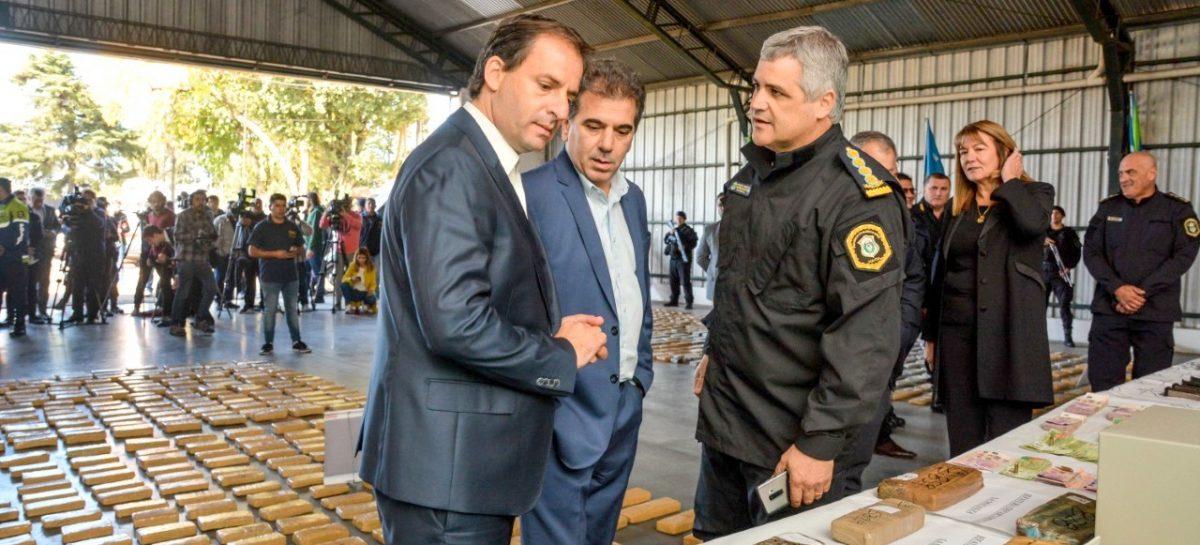El intendente Sujarchuk y el ministro Ritondo anunciaron la captura de una poderosa banda de narcotraficantes