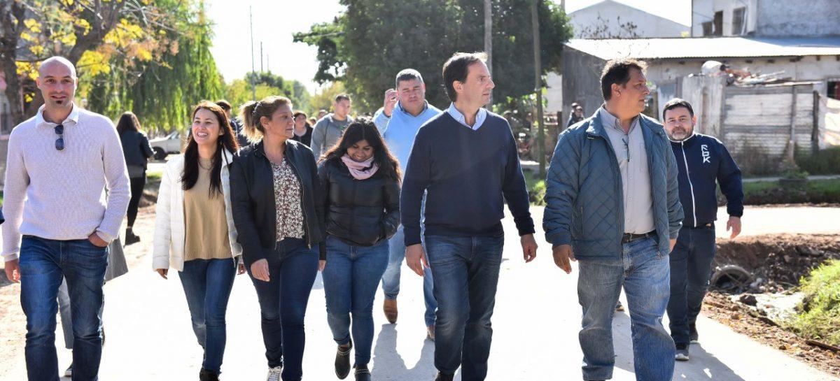 Ariel Sujarchuk inauguró asfaltos y recorrió las mejoras en la feria de Maquinista Savio