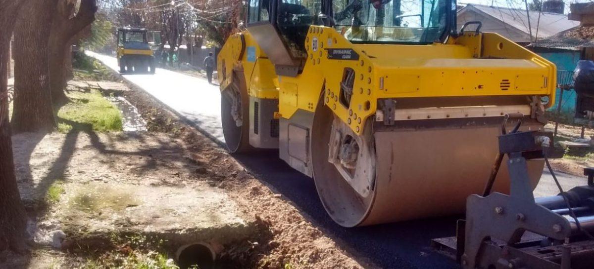 Continúan los trabajos de pavimentación y estabilizado en Belén de Escobar, Garín, Maquinista Savio y Matheu