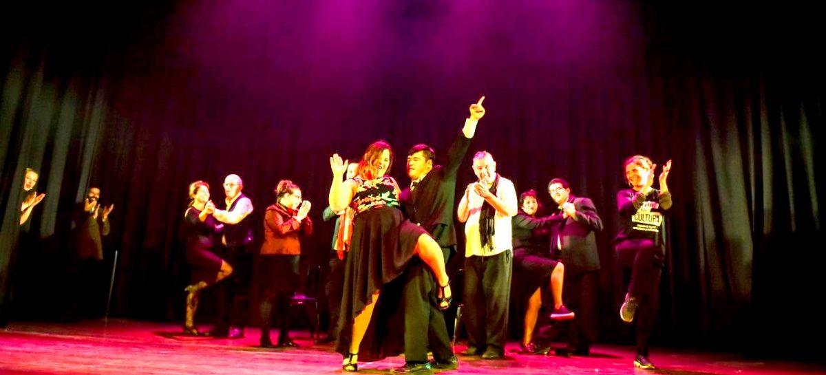 """Cientos de alumnos y alumnas participaron de la muestra de teatro, circo, danza y literatura  de """"Barrio es Cultura"""""""