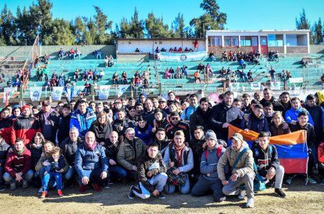 Más de 1200 jóvenes y adultos participan de los torneos de fútbol organizados por la Municipalidad