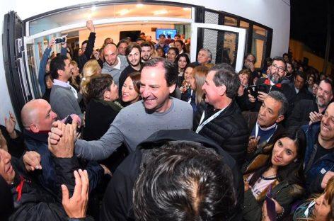Sujarchuk festejó su holgado triunfo en Escobar