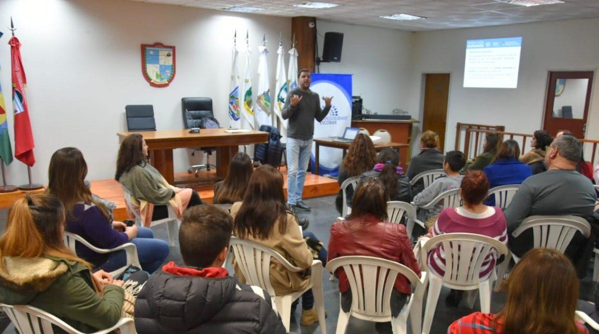 HCD Escobar: Nueva Jornada de Capacitación del INCaP