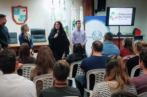 """Rocio Fernández: """"Voto Joven"""" en un nuevo encuentro del Incap en el HCD de Escobar"""