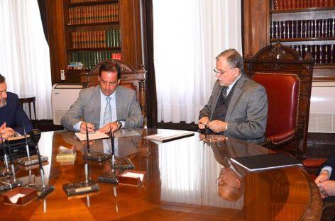 La Municipalidad firmó un convenio histórico y fundamental para poner en marcha las obras del nuevo Polo Judicial de Escobar