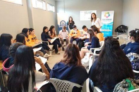 Mi Primer Empleo: la Municipalidad de Escobar brindó una capacitación laboral a alumnos de la localidad de Loma Verde