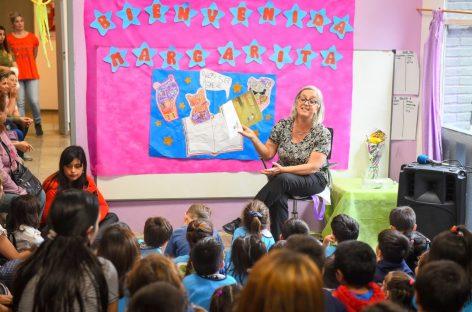 "El jardín municipal ""El Cedro"" de Ingeniero Maschwitz recibió la visita de la escritora de literatura infantil Margarita Mainé"