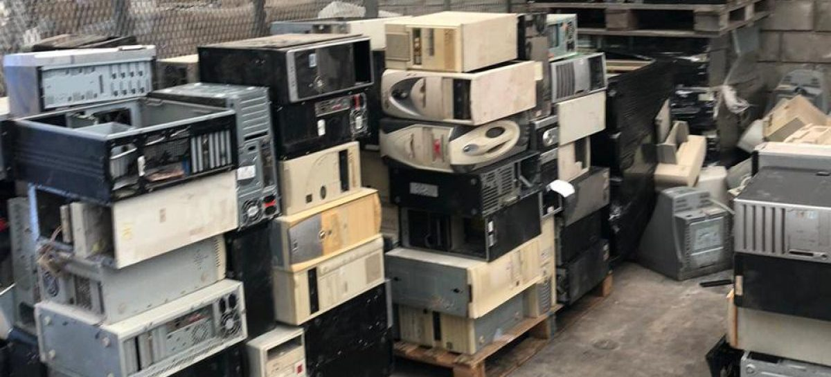 Escobar Sustentable: la Municipalidad de Escobar trasladó más de 5.000 kilos de residuos de aparatos eléctricos y electrónicos para que sean reciclados