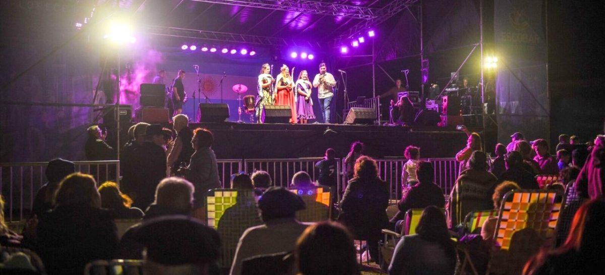 Más de 15 mil vecinos disfrutaron del festival Raíces Provincianas organizado por la Municipalidad de Escobar