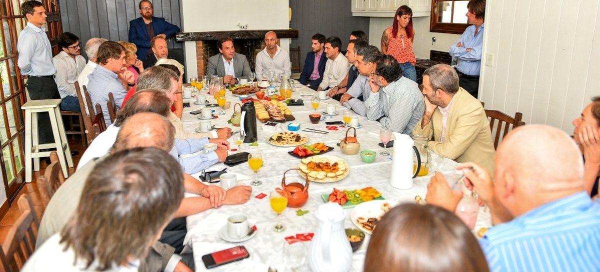 Polo Tecnológico de Escobar: Ariel Sujarchuk mantuvo una reunión de trabajo con representantes de la industria del software y del conocimiento