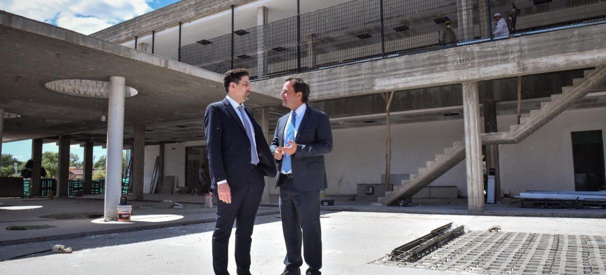 El Ministro de Educación, Nicolás Trotta fue invitado por Sujarchuk a recorrer el colegio Cereijo  y el PES