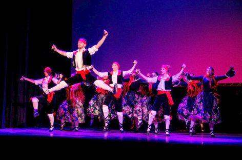 En febrero, el Teatro Seminari continúa ofreciendo shows gratuitos a beneficio de Escobar Hambre Cero