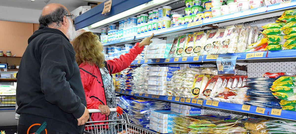 Supermercados y almacenes de Escobar deberán exhibir la lista de 2300 precios máximos establecidos por el gobierno nacional