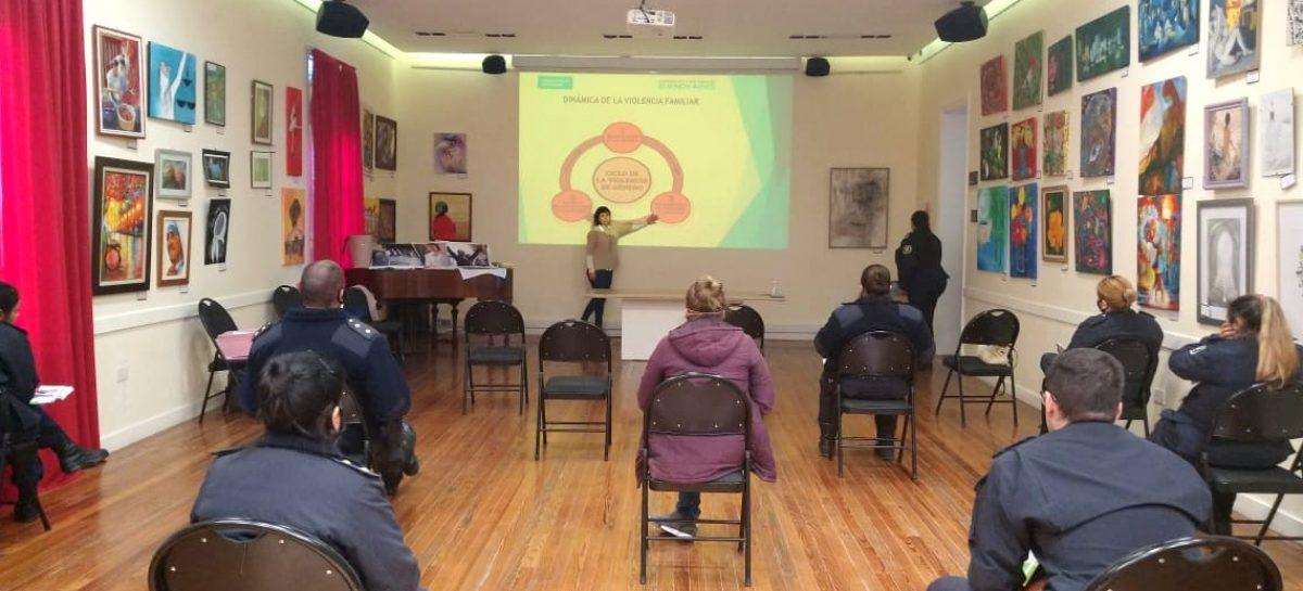 Ley Micaela: comenzaron las capacitaciones en la temática género y violencia contra las mujeres destinadas al personal policial de Escobar