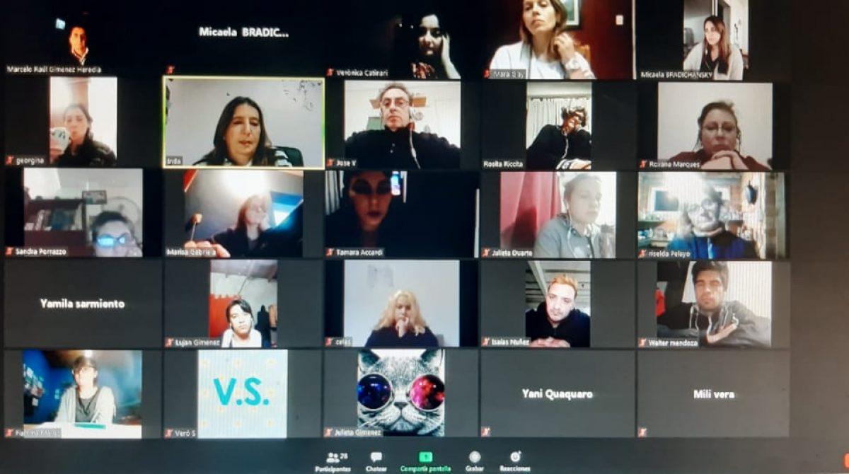 continúan las distintas jornadas de debate online dedicadas a los jóvenes del partido de Escobar