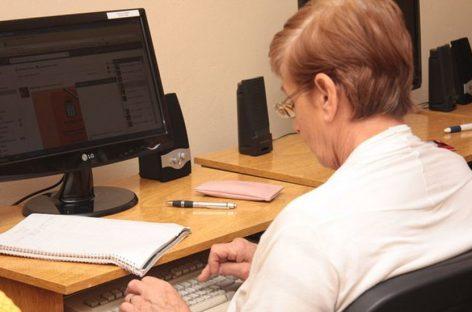 Continúan las clases virtuales de ejercicios cognitivos y aeróbicos para adultos mayores