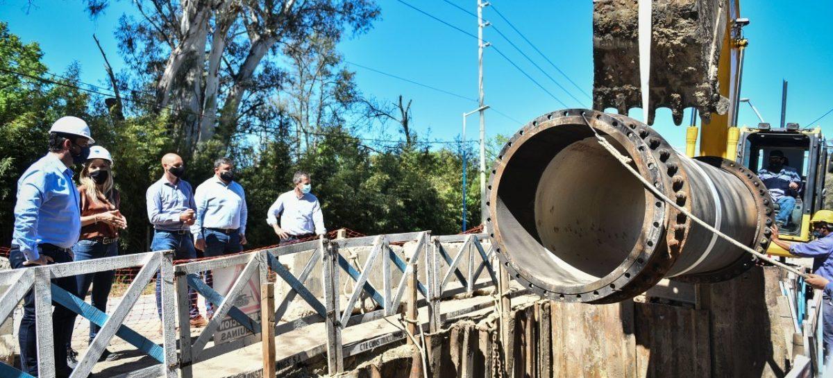 Se firmó un convenio para la extensión de la red de agua en el barrio La Chechela y anunciaron la licitación de la misma obra en el barrio La Pista