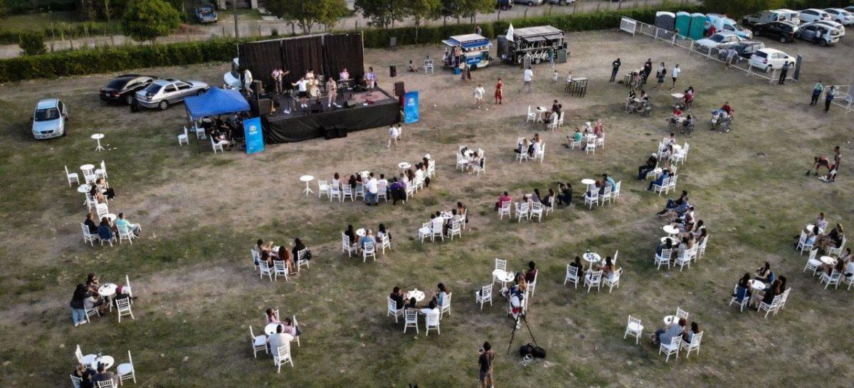 Al aire libre, comienzan los shows del Teatro Seminari Cine Italia y espectáculos culturales gratuitos en Escobar