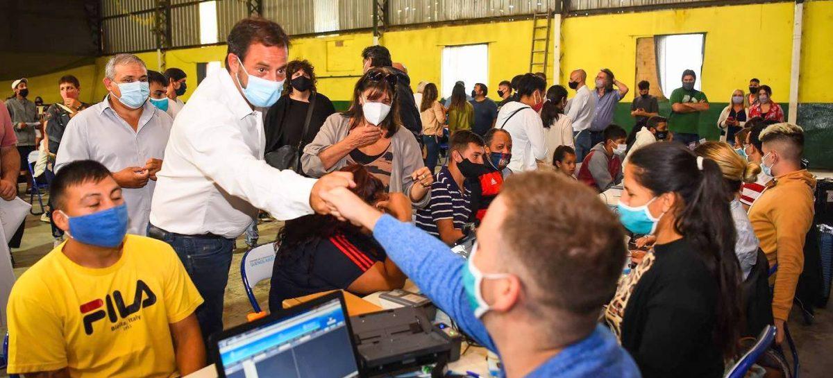 Sujarchuk y la ministra Teresa García supervisaron en Garín el funcionamiento de un programa que facilita el acceso al DNI