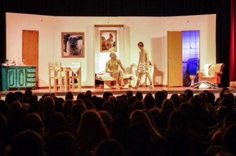 El Teatro Seminari abrió una convocatoria para que compañías teatrales independientes puedan volver a la actividad en su sala