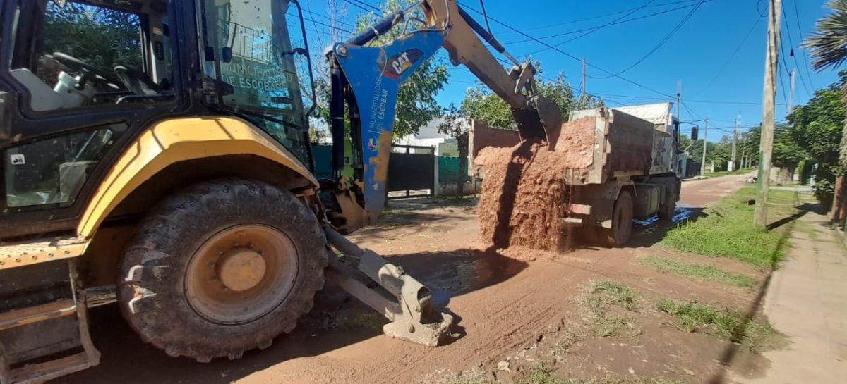 La Municipalidad de Escobar continúa con los trabajos de mantenimiento del espacio público y estabilizado de calles