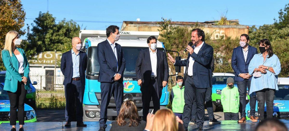Sujarchuk presentó el programa Municipios de Pie junto a Wado de Pedro, Verónica Magario y Teresa García