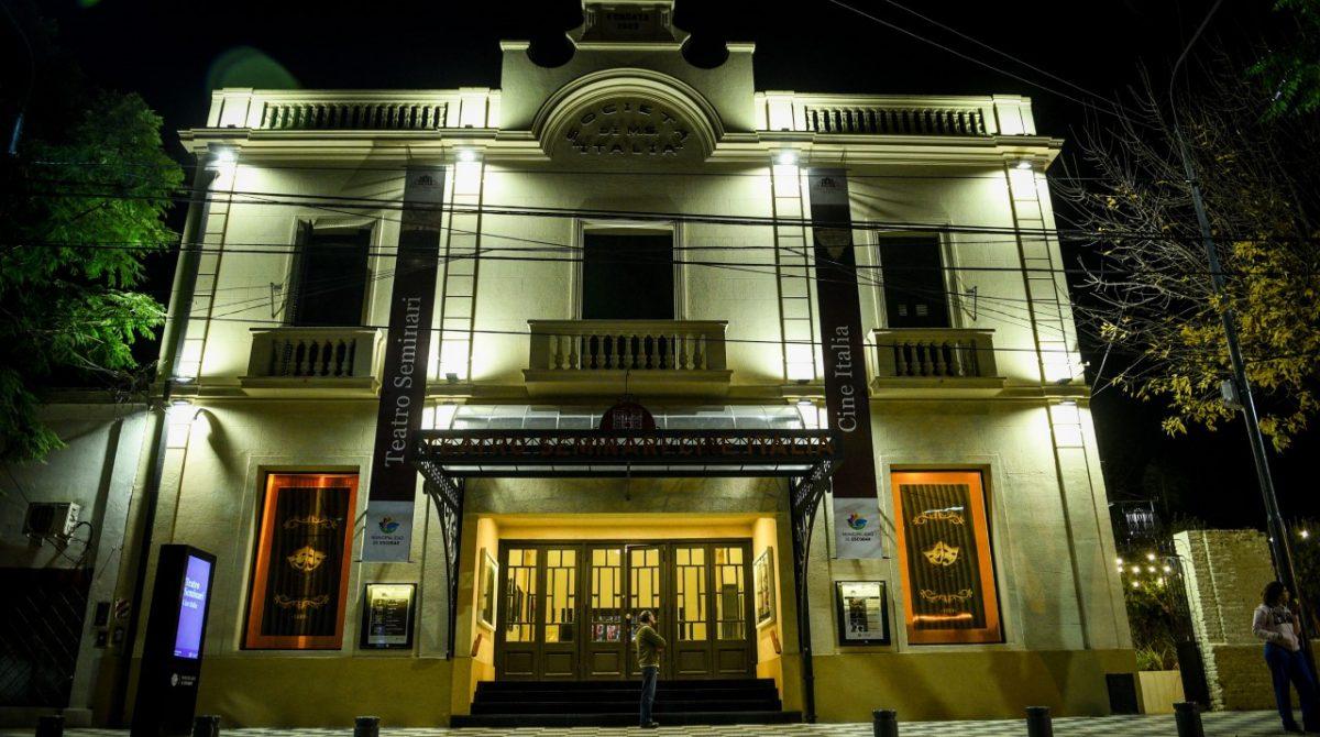 Bajo estrictos protocolos y con la participación de grandes artistas, reabre sus puertas el Teatro Seminari Cine Italia